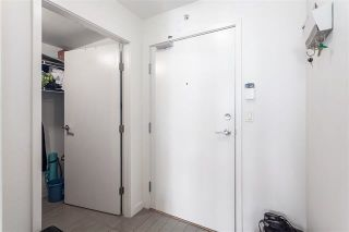 """Photo 9: 2207 33 SMITHE Street in Vancouver: Yaletown Condo for sale in """"COOPERS LOOKOUT"""" (Vancouver West)  : MLS®# R2106492"""
