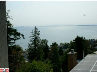 Photo 2: 1229 MARTIN Street: White Rock 1/2 Duplex for sale (South Surrey White Rock)  : MLS®# F1020789