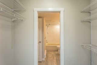 """Photo 12: 103 32910 AMICUS Place in Abbotsford: Central Abbotsford Condo for sale in """"Royal Oaks"""" : MLS®# R2355300"""