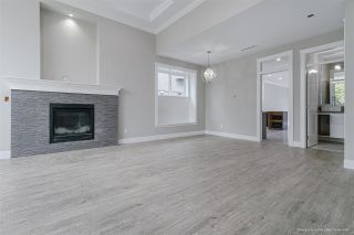 Photo 5: 4589 PARKER STREET in Burnaby: Brentwood Park 1/2 Duplex for sale (Burnaby North)  : MLS®# R2509463