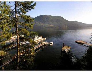 Photo 6: 321 SASAMAT Lane in North Vancouver: Woodlands-Sunshine-Cascade Home for sale ()  : MLS®# V759715