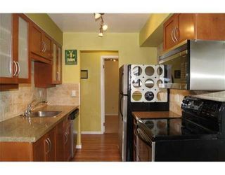 Photo 4: # 206 2125 YORK AV in Vancouver: Condo for sale : MLS®# V936782