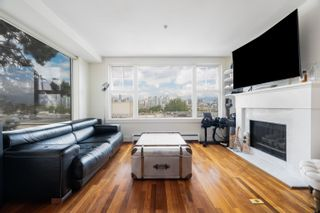 """Main Photo: 2331 HEATHER Street in Vancouver: Fairview VW Townhouse for sale in """"OKAY OKAY MEWS"""" (Vancouver West)  : MLS®# R2621099"""