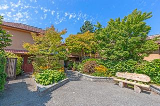 Photo 2: 1 3301 W 16TH Avenue in Vancouver: Kitsilano Townhouse for sale (Vancouver West)  : MLS®# R2608502