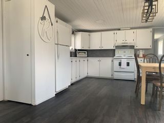 Photo 4: 20 ASPEN FIVE Drive in Steinbach: R16 Residential for sale : MLS®# 202110057