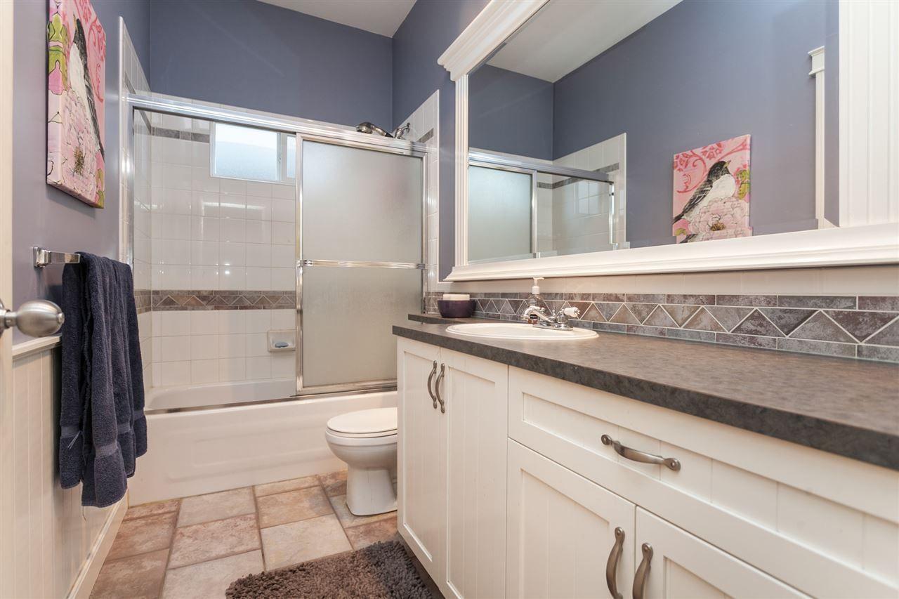 Photo 13: Photos: 24072 109 Avenue in Maple Ridge: Cottonwood MR House for sale : MLS®# R2218573