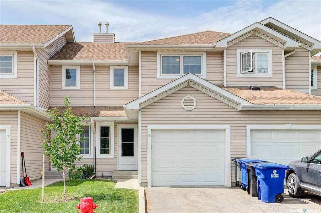 Main Photo: 8 215 Pinehouse Drive in Saskatoon: Lawson Heights Residential for sale : MLS®# SK859033