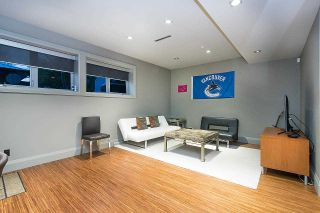 """Photo 36: 7038 CHURCHILL Street in Vancouver: South Granville House for sale in """"Churchill Mansion"""" (Vancouver West)  : MLS®# R2574142"""