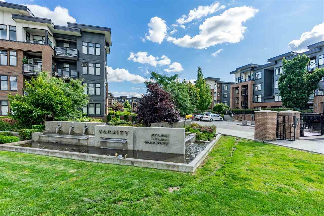 """Main Photo: 316 20068 FRASER Highway in Langley: Langley City Condo for sale in """"Varsity"""" : MLS®# R2473178"""