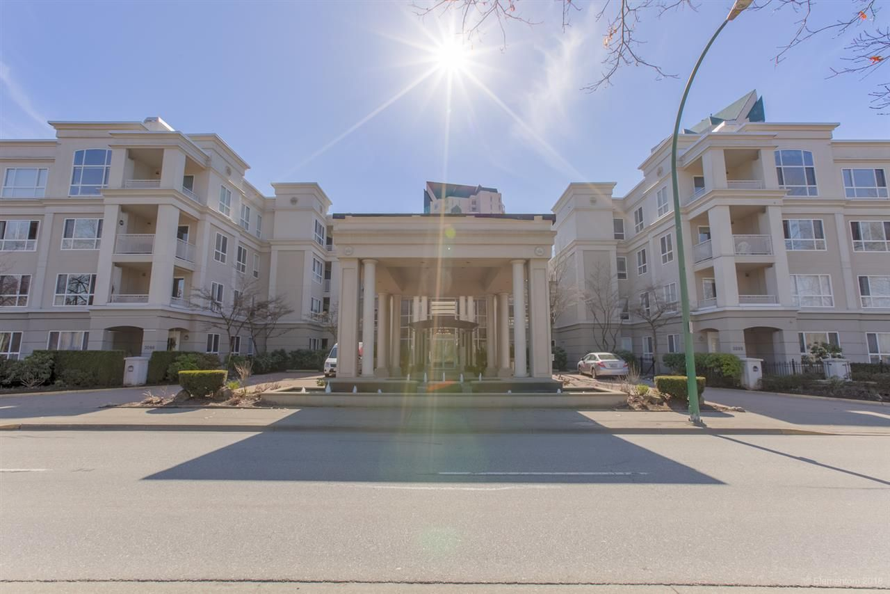"""Main Photo: 402 3098 GUILDFORD Way in Coquitlam: North Coquitlam Condo for sale in """"MARLBOROUGH HOUSE"""" : MLS®# R2516901"""