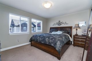 Photo 12: 35 7168 179TH STREET in Surrey: Cloverdale BC Townhouse for sale (Cloverdale)  : MLS®# R2168940