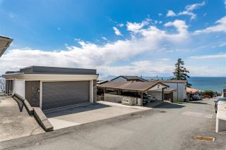 """Photo 22: 15141 COLUMBIA Avenue: White Rock House for sale in """"WHITE ROCK HILLSIDE"""" (South Surrey White Rock)  : MLS®# R2449105"""