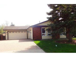 Photo 1: 23 Lake Albrin Bay in WINNIPEG: Fort Garry / Whyte Ridge / St Norbert Residential for sale (South Winnipeg)  : MLS®# 1310641