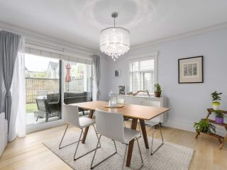 """Photo 5: 38 889 TOBRUCK Avenue in North Vancouver: Hamilton Townhouse for sale in """"TOBRUCK GARDENS"""" : MLS®# R2209623"""
