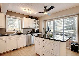 Photo 8: 98 Patina Rise SW in CALGARY: Prominence_Patterson Townhouse for sale (Calgary)  : MLS®# C3591171