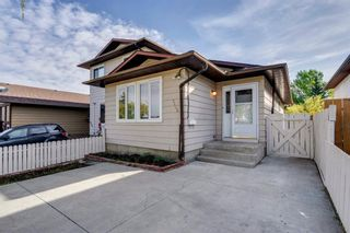 Photo 2: 8406 CENTRE Street NE in Calgary: Beddington Heights Semi Detached for sale : MLS®# A1030219