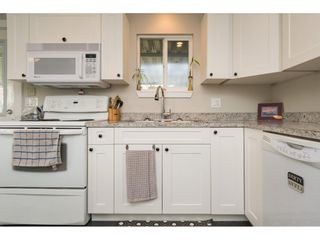 """Photo 12: 101 1840 160 Street in Surrey: King George Corridor Manufactured Home for sale in """"Breakaway Bays"""" (South Surrey White Rock)  : MLS®# R2215928"""