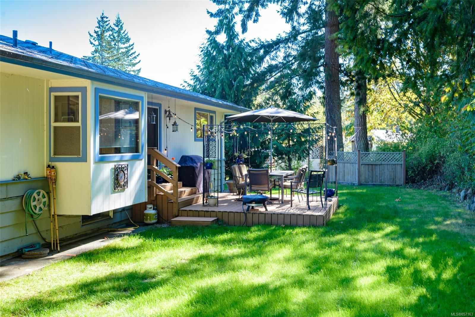 Photo 51: Photos: 4241 Buddington Rd in : CV Courtenay South House for sale (Comox Valley)  : MLS®# 857163