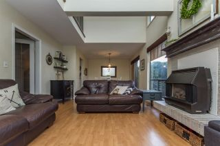 """Photo 4: 13 33951 MARSHALL Road in Abbotsford: Central Abbotsford Townhouse for sale in """"Arrow Wood"""" : MLS®# R2162342"""