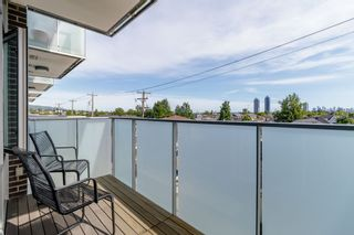 Photo 18: 305 4310 HASTINGS Street in Burnaby: Willingdon Heights Condo for sale (Burnaby North)  : MLS®# R2377246