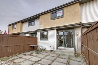 Photo 36: 104 2720 RUNDLESON Road NE in Calgary: Rundle Row/Townhouse for sale : MLS®# C4221687