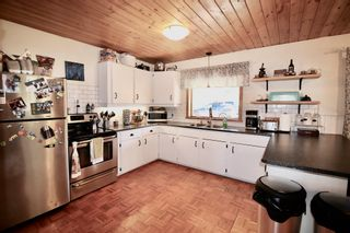 Photo 11: 4960 MORRIS Road in Smithers: Smithers - Rural House for sale (Smithers And Area (Zone 54))  : MLS®# R2597020