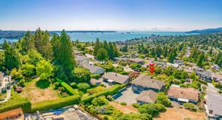Photo 2: 970 BRAESIDE Street in West Vancouver: Sentinel Hill House for sale : MLS®# R2622589