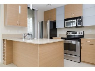 Photo 6: 704 909 MAINLAND Street in Vancouver: Yaletown Condo for sale (Vancouver West)  : MLS®# V1072136