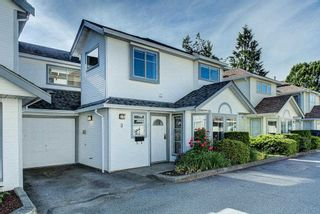 """Photo 2: 3 18951 FORD Road in Pitt Meadows: Central Meadows Townhouse for sale in """"PINE MEADOWS"""" : MLS®# R2588089"""