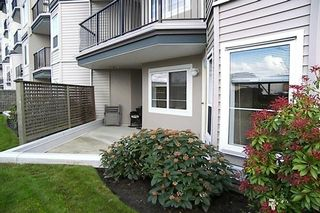 "Photo 10: 5759 GLOVER Road in Langley: Langley City Condo for sale in ""COLLEGE COURT"" : MLS®# F2709459"