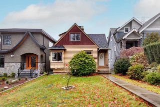 Photo 2: 3655 ETON Street in Vancouver: Hastings Sunrise House for sale (Vancouver East)  : MLS®# R2532945