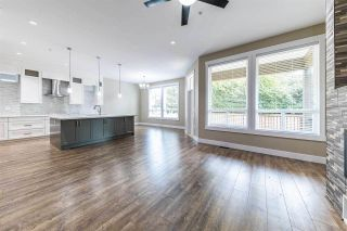 Photo 2: 11934 BLAKELY Road in Pitt Meadows: Central Meadows House for sale : MLS®# R2410127