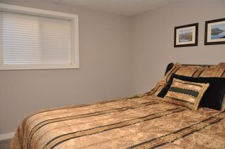Photo 35: 7067 EDGEMONT Drive NW in Calgary: Edgemont House for sale : MLS®# C4143123