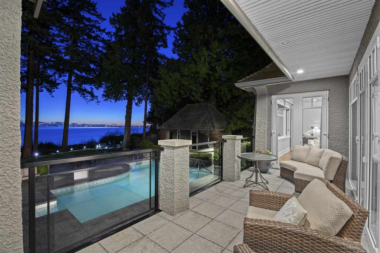 Main Photo: 1961 OCEAN PARK Road in Surrey: Crescent Bch Ocean Pk. House for sale (South Surrey White Rock)  : MLS®# R2559309