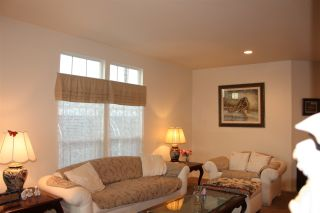 Photo 3: CARLSBAD SOUTH Manufactured Home for sale : 3 bedrooms : 7118 San Bartolo in Carlsbad