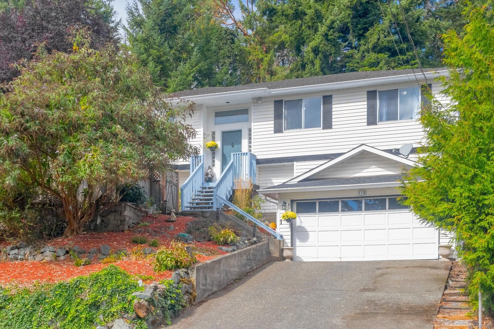 Main Photo: 118 Mocha Close in : La Thetis Heights House for sale (Langford)  : MLS®# 885993