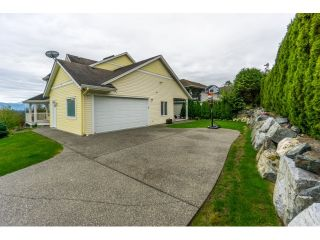 """Photo 13: 3449 PROMONTORY Court in Abbotsford: Abbotsford West House for sale in """"WEST ABBOTSFORD"""" : MLS®# R2002976"""