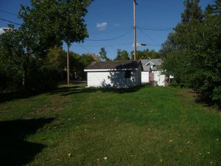 Photo 11: 5140 53 Avenue in Viking: House for sale