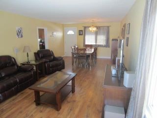 Photo 4: 45 Crown Valley Road West in NEWBOTHWE: Manitoba Other Residential for sale : MLS®# 1306925