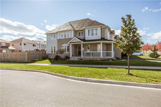 Main Photo: 1351 Whitelaw Avenue in Oshawa: Pinecrest House (2-Storey) for sale : MLS®# E3350080