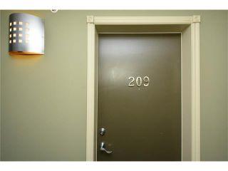 Photo 7: 209 3101 34 Avenue NW in Calgary: Varsity Condo for sale : MLS®# C4113505