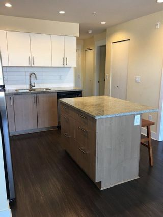 """Photo 5: 307 85 EIGHTH Avenue in New Westminster: GlenBrooke North Condo for sale in """"EIGHTWEST / GLENBROOKE NORTH"""" : MLS®# R2211066"""