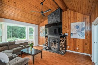"""Photo 3: 12439 AINSWORTH Street in Mission: Stave Falls House for sale in """"Steelhead"""" : MLS®# R2612943"""