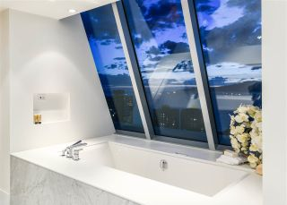 Photo 16: 2501 1020 HARWOOD STREET in Vancouver: West End VW Condo for sale (Vancouver West)  : MLS®# R2274555