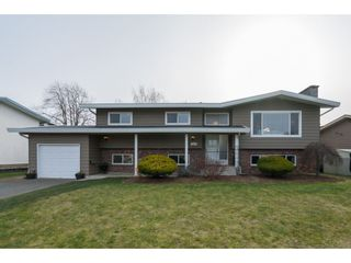 Photo 1: 7064 SHEFFIELD Way in Sardis: Sardis East Vedder Rd House for sale : MLS®# R2338603