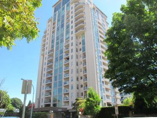 """Photo 1: 505 612 FIFTH Avenue in New Westminster: Uptown NW Condo for sale in """"FIFTH AVENUE"""" : MLS®# R2599706"""