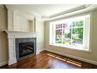 Photo 2: 314 W 26TH STREET in North Vancouver: Upper Lonsdale House for sale : MLS®# R2359287