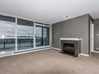"""Photo 4: 1504 2225 HOLDOM Avenue in Burnaby: Central BN Condo for sale in """"LEGACY TOWERS"""" (Burnaby North)  : MLS®# V987068"""
