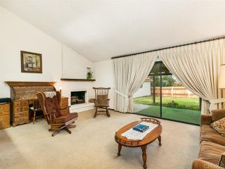 Photo 8: House for sale : 4 bedrooms : 2704 Crownpoint Place in Escondido