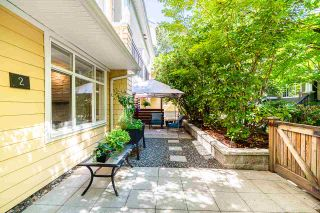 "Photo 3: 2 6878 SOUTHPOINT Drive in Burnaby: South Slope Townhouse for sale in ""Cortina Townhomes"" (Burnaby South)  : MLS®# R2487318"
